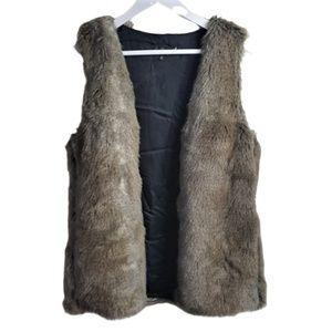 Talula faux fur vest jacket